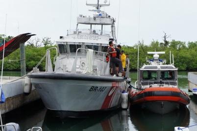 Navy boats Laguna Makax